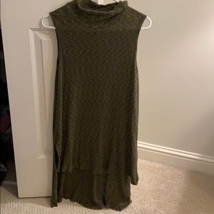 Xs Hunter green top from Anthropologie